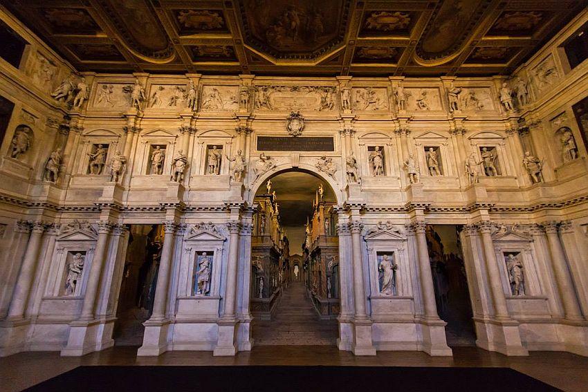 Театр Олимпико